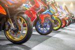 並べられているバイク